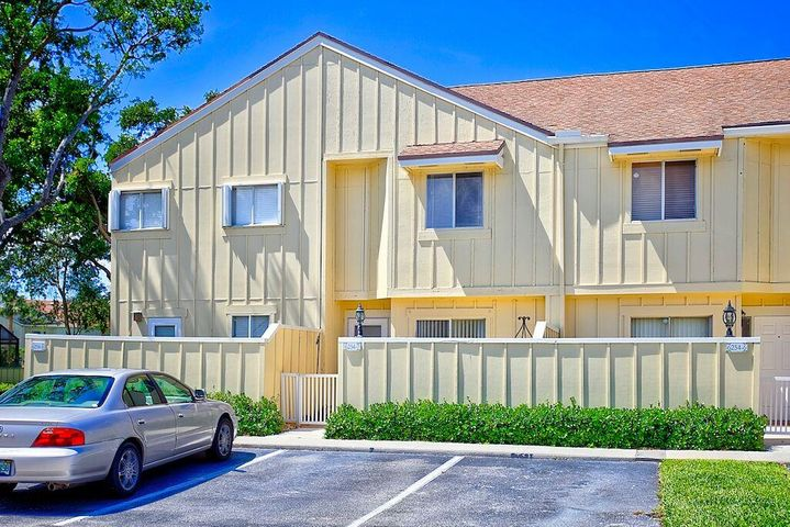 6254 Riverwalk 7, Jupiter, FL 33458