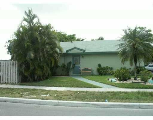 7160 SW 14th Street, North Lauderdale, FL 33068