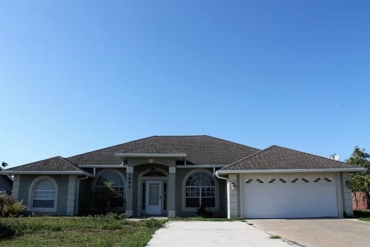 1042 Bayberry Loop, Clewiston, FL 33440