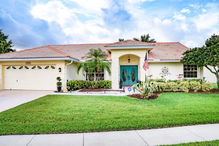 9214 Emily Circle, Lake Worth, FL 33467