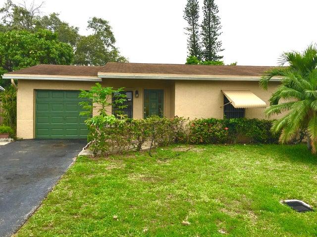 308 SW 80th Avenue, North Lauderdale, FL 33068