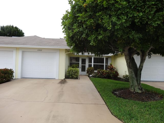 10868 SE Sea Pines Circle, Hobe Sound, FL 33455