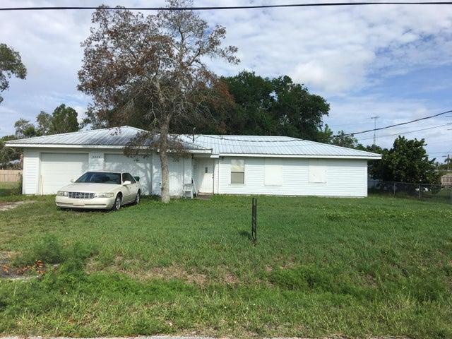 9888 Oak Street, Micco, FL 32976