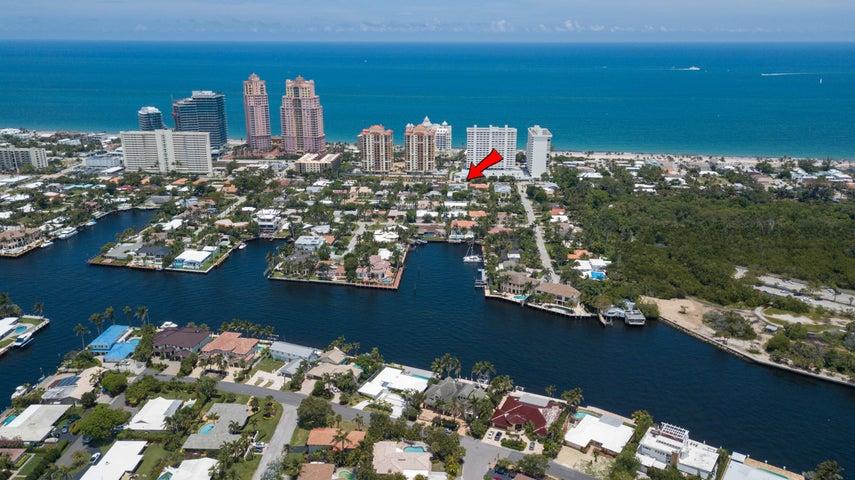 1923 NE 33 Avenue 1-2, Fort Lauderdale, FL 33305