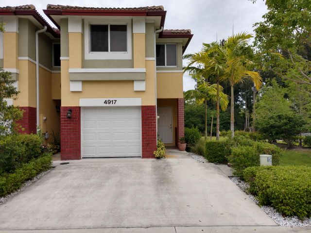 4917 SW 66th Terrace, Davie, FL 33314