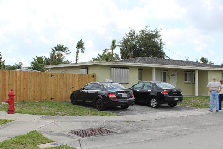 3490 SW 20th Street, Fort Lauderdale, FL 33312