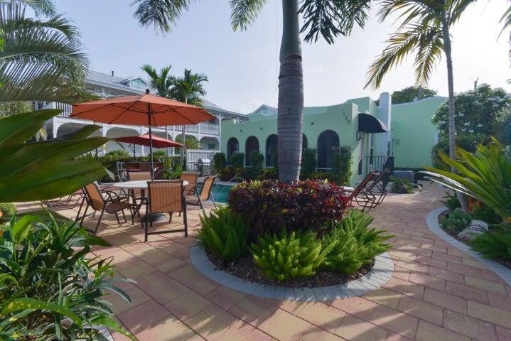 138 NE 1st Avenue, Delray Beach, FL 33444