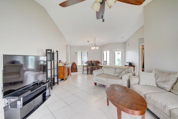 9932 Pinellas Park Road, Boca Raton, FL 33428