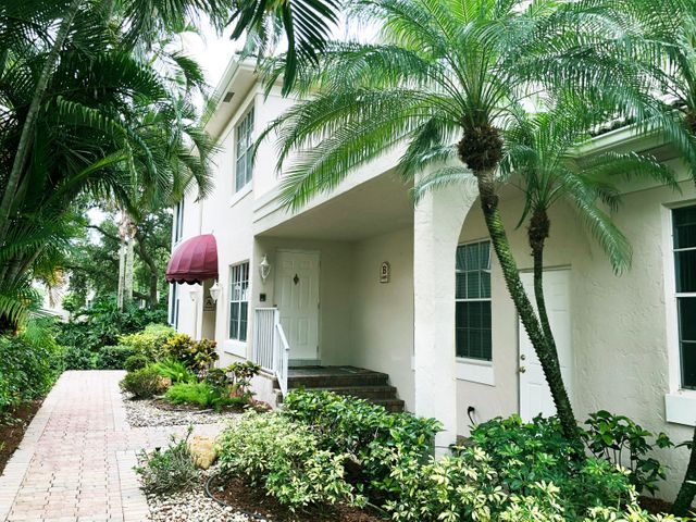 5083 Lake Catalina Drive B, Boca Raton, FL 33496