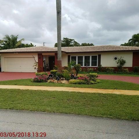 760 NW 74th Terrace, Plantation, FL 33317