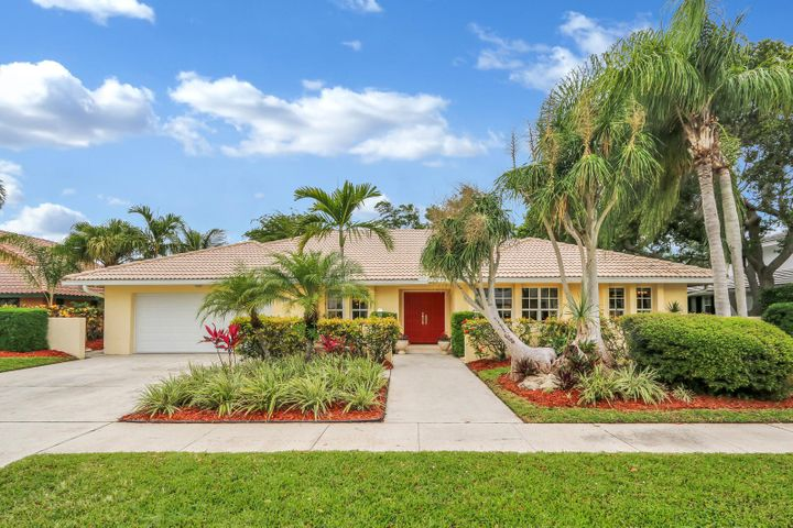 619 Carriage Hill Lane, Boca Raton, FL 33486