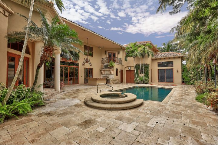 3136 San Michele Drive, Palm Beach Gardens, FL 33418