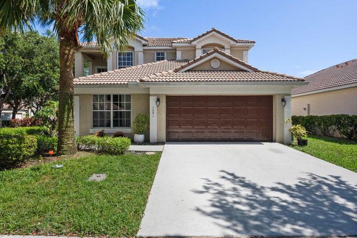 1091 Delray Lakes Drive, Delray Beach, FL 33444