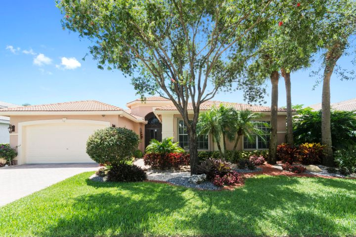 SPECTACULAR LAKE FRONT HOME WITH 4 BEDROOMS/2.5 BATHS WITH JETTED TUB IN MASTER BATH.   IMMACULATE HOME WITH NEUTRAL DECOR INCLUDING CUSTOM LIGHTING FIXTURES IN FOYER AND POWDER ROOM, TILE ON THE DIAGONAL, CUSTOM DRAPERY, STAINLESS STEEL APPLIANCES, CEILING FANS IN GUEST BEDROOMS & FAMILY ROOM, CENTRAL VAC, UPDATED RAISED TOTO TOILETS, MASTER BEDROOM HAS WALK-IN CLOSETS W/ BUILT INS.  SPEAKER SYSTEM IN MASTER BEDROOM, FAMILY ROOM AND OUTDOORS BY THE POOL.  SCREENED IN LANAI  WITH BEAUTIFUL POOL OVERLOOKING TRANQUIL LAKE.  NEW ACCORDION HURRICANE SHUTTERS, 2 AC UNITS, FINISHED FLOOR IN GARAGE, SOLAR POWER-POOL/ HOT WATER HEATER.   WASHER/DRYER ABOUT A YEAR OLD.  BUYER PAYS 1X CAPITAL CONTRIBUTION OF $1304 AT CLOSING. ALL MEASUREMENTS DEEMED ACCURATE AND SHOULD BE INDEPENDENTLY VERIFIED.