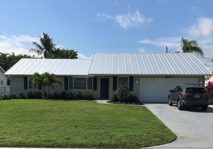 8060 SE Crossrip Street, Hobe Sound, FL 33455