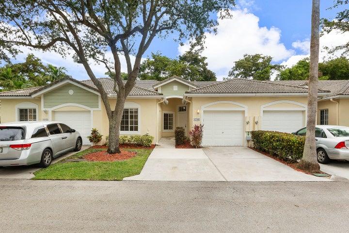 1246 SW 48th Terrace, Deerfield Beach, FL 33442