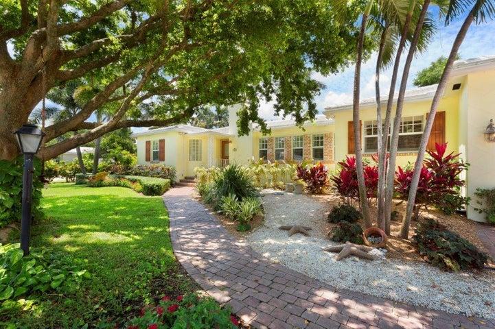 1112 S Vista Del Mar Drive, Delray Beach, FL 33483