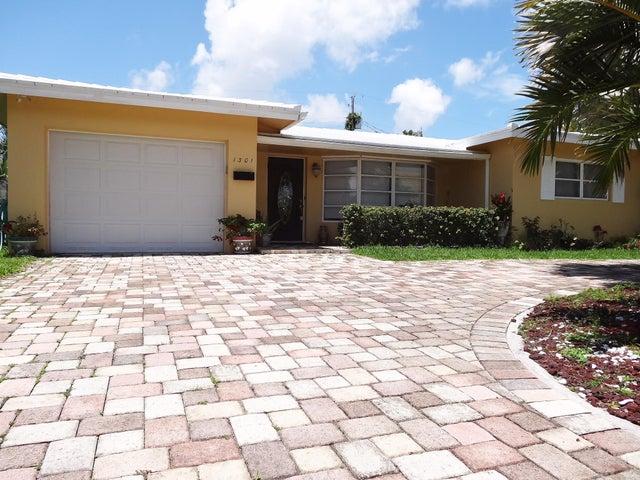 1301 SE 14th Drive, Deerfield Beach, FL 33441