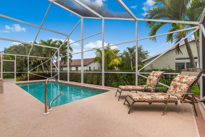 8981 SW Chevy Circle, Stuart, FL 34997