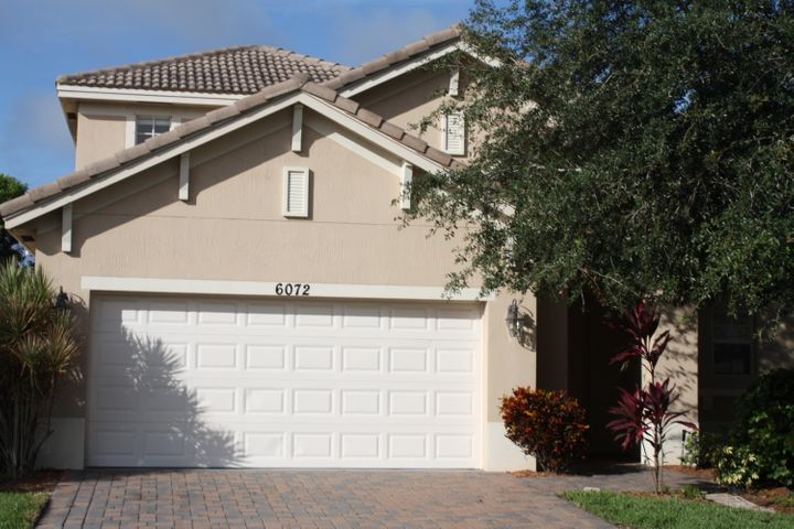 6072 SE Crooked Oak Avenue, Hobe Sound, FL 33455