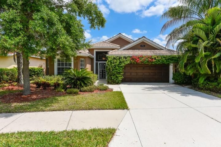 8996 Stone Harbour Loop, Bradenton, FL 34212