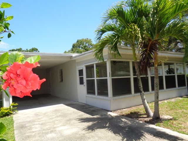 1086 26th Street, Vero Beach, FL 32960