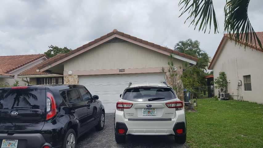 2900 NW 95th Avenue, Coral Springs, FL 33065