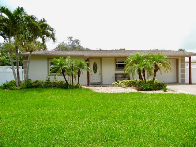 2466 Niki Jo Lane, Palm Beach Gardens, FL 33410