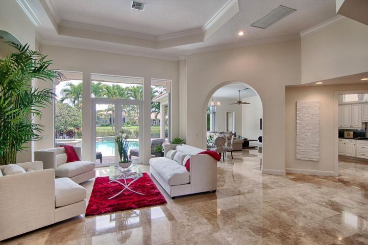 4123 Venetia Way, Palm Beach Gardens, FL 33418