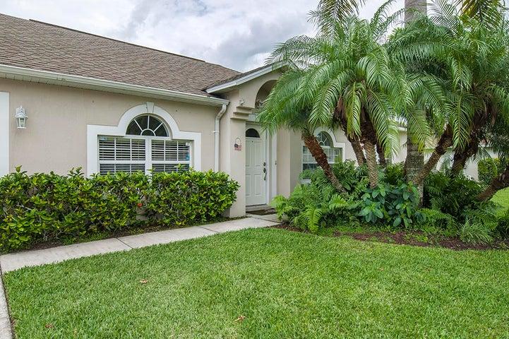 5230 Compass Pointe Circle, Vero Beach, FL 32966