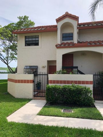 902 Congressional Way, Deerfield Beach, FL 33442