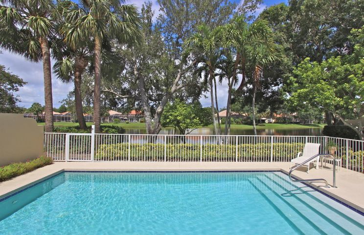 316 Kelsey Park Circle, Palm Beach Gardens, FL 33410