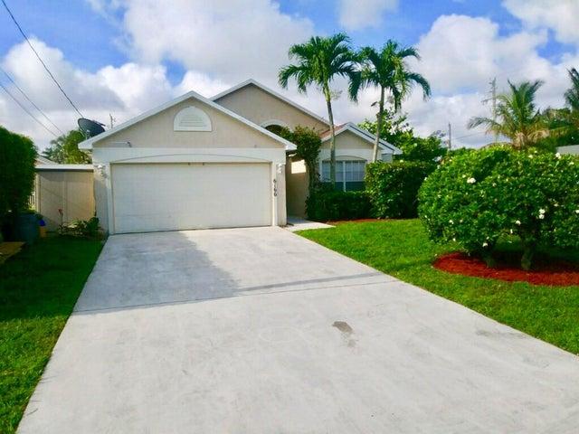 6166 SW Lauderdale Street, Jupiter, FL 33458