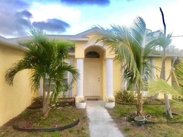 539 SW Jeanne Avenue, Port Saint Lucie, FL 34953