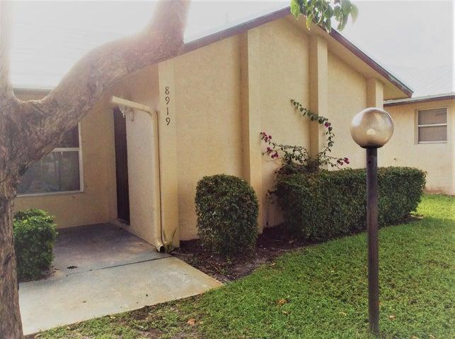 8919 SE Hobe Ridge Avenue, Hobe Sound, FL 33455