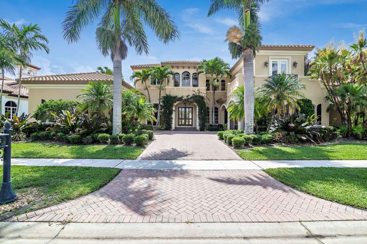 Beautiful custom golf course home in Mizner Country Club in a highly sought after subdivision. This 5410 sq ft home offers soaring ceilings & a large well laid out floor plan, 5 bedrooms, 6 full and 1 half bath. Serene backyard with an outdoor kitchen & views of the new Kipp Schulties designed golf course. Excellent value & an absolute must see! Mizner Country Club requires equity membership.