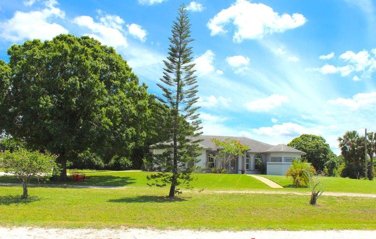 18852 43rd Road N, Loxahatchee, FL 33470