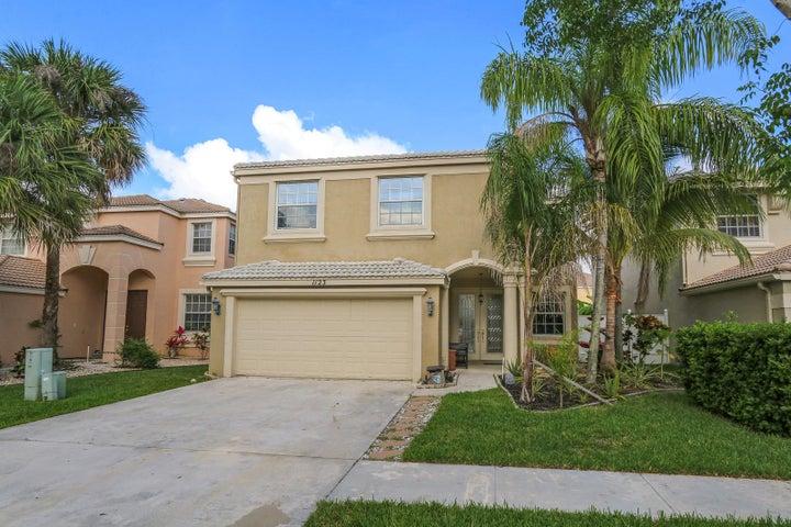 1123 Oakwater Drive, Royal Palm Beach, FL 33411