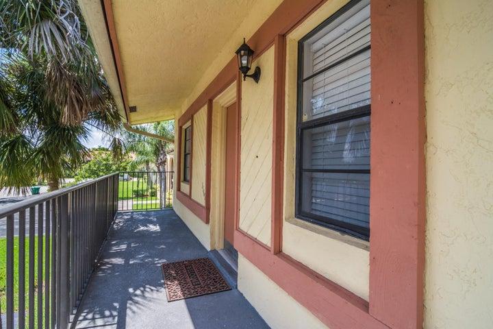 11614 NW 28th Street U-8, Coral Springs, FL 33065