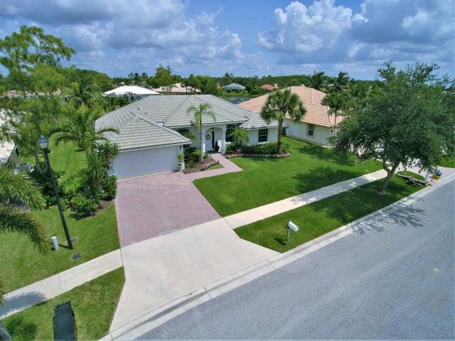 130 Fernwood, Royal Palm Beach, FL 33411
