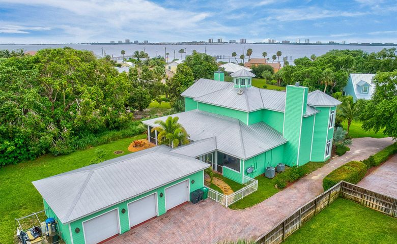 Jensen Beach Real Estate For Sale - Dennis O\'Brien