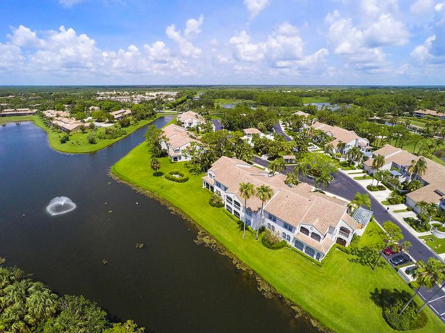 506 Ryder Cup Circle N, Palm Beach Gardens, FL 33418