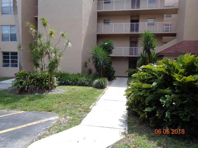 9440 Live Oak Place 104, Davie, FL 33324