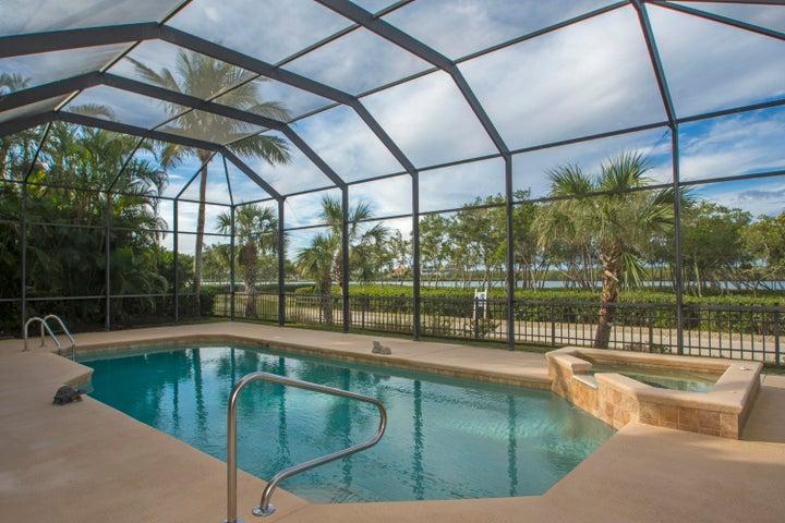 1289 W Island Club Square, Vero Beach, FL 32963