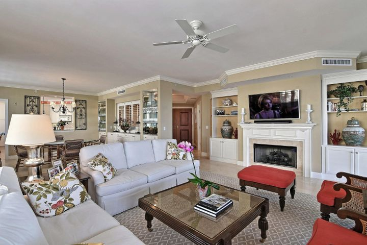 9019 Somerset Bay Lane 302, Vero Beach, FL 32963