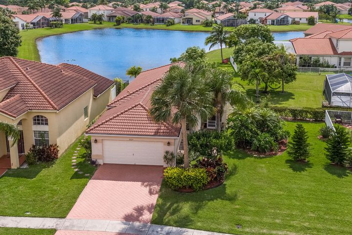 026-3525MiramontesCircle-Wellington-FL-s