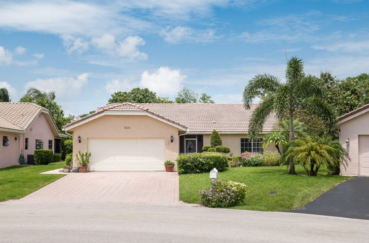 7812 Cloverfield Circle, Boca Raton, FL 33433