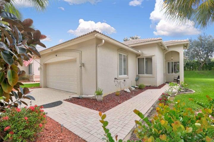 2668 Clipper Circle, West Palm Beach, FL 33411