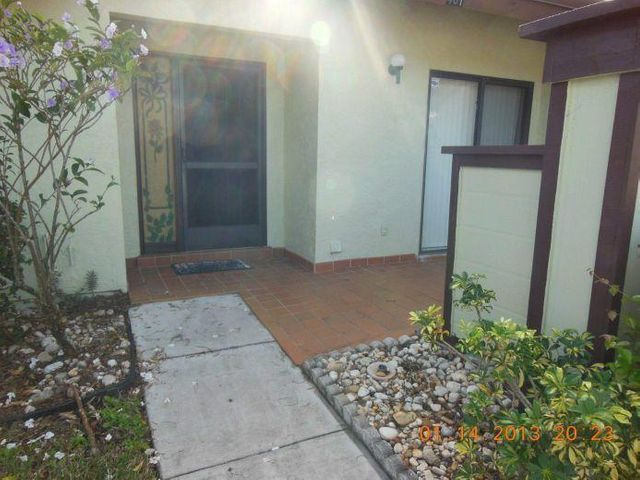 481 Lynbrook Court, Royal Palm Beach, FL 33411