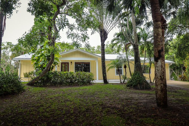 15388 85th Way N, Palm Beach Gardens, FL 33418